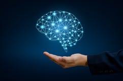 Los hombres de negocios de la mano del AI presionan el teléfono Brain Graphic Binary Blue Technology Fotos de archivo libres de regalías