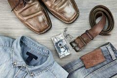 Los hombres forman, elegantes y casuales los equipos, sistema de ropa Imagen de archivo