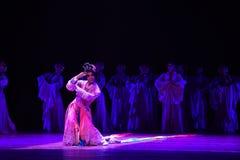 """Los hombres se visten para arriba como  de Lanfang†del drama""""Mei de la mujer-danza Fotos de archivo libres de regalías"""