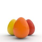 Los huevos de Pascua felices, cartel, colorearon los huevos realistas, fondo blanco, tarjeta del día de fiesta, aislada Imagen de archivo libre de regalías