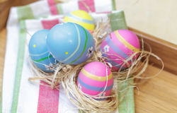 Los huevos de Pascua se cierran imagen de archivo libre de regalías