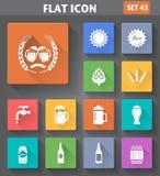 Los iconos de la cerveza del uso del vector fijaron en estilo plano Fotos de archivo