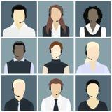 Los iconos del vector fijaron a avatares del centro de atención telefónica en un estilo plano Fotografía de archivo