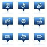 Los iconos del Web de la electrónica fijaron 2, burbujas azules del discurso Imagen de archivo