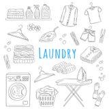Los iconos dibujados mano del garabato del servicio de lavadero fijan, vector el ejemplo Imágenes de archivo libres de regalías
