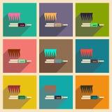 Los iconos planos modernos vector la colección con la enderezadora del pelo de la sombra Fotografía de archivo