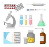 Los instrumentos médicos, el equipo de laboratorio y las medicinas modernos fijaron ejemplos del vector en un fondo blanco stock de ilustración