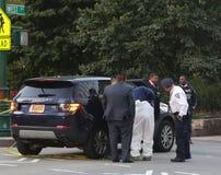 Los investigadores de NYPD están en la escena del crimen cerca de un sitio del ataque terrorista en Manhattan más baja en Nueva Y fotografía de archivo libre de regalías