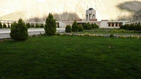 Los jardines animados del monumento almacen de metraje de vídeo
