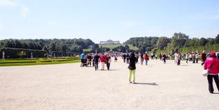 Los jardines del palacio de Schonbrunn, vista a Gloriette Foto de archivo libre de regalías