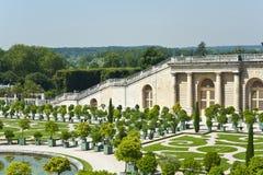 Los jardines del palacio de Versalles Imágenes de archivo libres de regalías