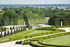 Los jardines del palacio de Versalles. Imagen de archivo libre de regalías