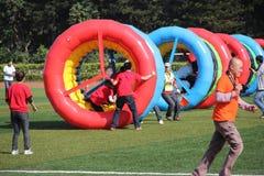 Los juegos de diversión del deporte de la compañía Imagen de archivo libre de regalías