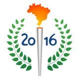 Los juegos del deporte del verano torch con la llama del mapa del Brasil Foto de archivo libre de regalías