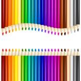 Los lápices del color adentro arreglan en fila del color Imagen de archivo libre de regalías