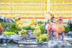 Los leones en el cuento de hadas de Asia 171105 0263 imágenes de archivo libres de regalías