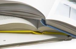 Los libros abiertos Imágenes de archivo libres de regalías