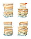 Los libros antiguos viejos en el blanco aislaron el fondo Imagen de archivo libre de regalías