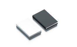Los libros de tapa dura blancos y negros en blanco imitan encima de sistema Fotografía de archivo