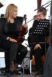los músicos de la orquesta sinfónica Foto de archivo libre de regalías