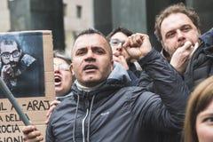 Los manifestantes Favorable-palestinos disputan a la brigada judía Fotos de archivo libres de regalías