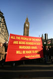 Los manifestantes palestinos acercan a Ben grande en Londres Fotografía de archivo libre de regalías