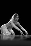 Los miembros de Yevgeny Panfilov Ballet Studio de la ondulación permanente realizan a Romeo y Juliet durante IFMC el 22 de noviemb Fotografía de archivo