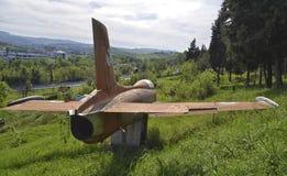 Los militares de Aermacchi MB-326 echan en chorro Imagen de archivo libre de regalías