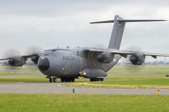 Los militares de Airbus A400M transportan Fotos de archivo