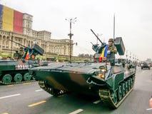 Los militares del combate trabajan a máquina Fotografía de archivo libre de regalías