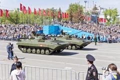 Los militares rusos transportan en el desfile en Victory Day anual, Fotos de archivo libres de regalías