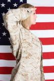 Los militares saludan imagen de archivo
