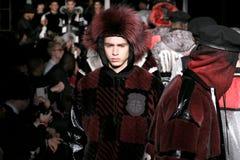 Los modelos caminan en Astrid Andersen Runway en la caída 2015 de la semana de la moda MADE Imagen de archivo libre de regalías