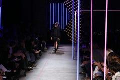 Los modelos caminan en Milly By Michelle Smith Show durante la caída 2015 de MBFW Imagen de archivo libre de regalías