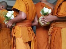 Los monjes de Tailandia imagen de archivo