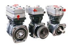 Los motores modernos de tamaño pequeño proporcionarán más poder, eficacia y durabilidad Foto de archivo