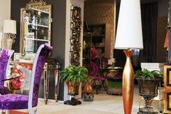 Los muebles pasados de moda. Foto de archivo