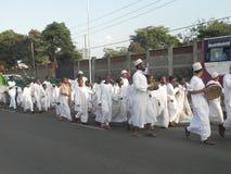 Los musulmanes realizan un qasida en las calles de Nairobi Fotografía de archivo libre de regalías