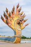 Los Naga esculpen fueron adornados con la teja esmaltada Foto de archivo libre de regalías
