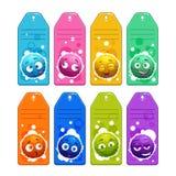 Los niños coloridos nombran etiquetas con los caracteres borrosos redondos de la historieta divertida Foto de archivo libre de regalías