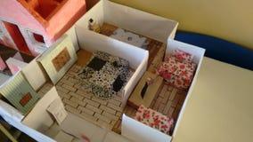 Los niños de la artesanía se dirigen Imagen de archivo