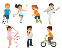 Los niños de los deportes están implicados activamente en deportes Fotografía de archivo