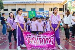 Los niños no identificados desfilan en el día de los deportes de la publicación anual, Tailandia fotos de archivo libres de regalías