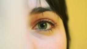Los ojos de la muchacha Primer almacen de video