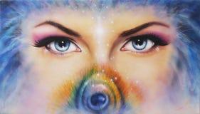 los ojos que miraban para arriba de detrás un pequeño arco iris colorearon misterioso la pluma del pavo real ilustración del vector
