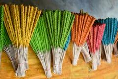 Los palillos de ídolo chino o el incienso se pega en la explosión Kachao Foto de archivo libre de regalías