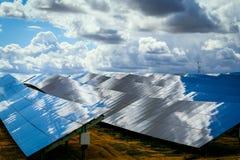Los paneles de baterías solares Foto de archivo libre de regalías