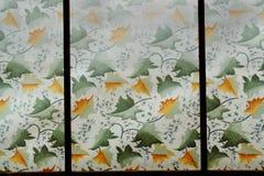 Los paneles de la hoja del plexiglás imagenes de archivo