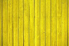 Los paneles de madera amarillos viejos Foto de archivo libre de regalías