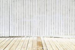Los paneles de madera blancos viejos Fotografía de archivo libre de regalías